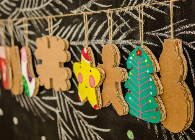 Estremamente Decorazioni di Natale fai da te in cartone riciclato | Natale  QB81
